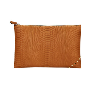[불르아]MATT ZIP CLUTCH_BROWN